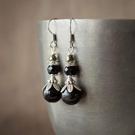 Boucles d'oreilles «Larmes d'onyx» onyx, pyrite, et obsidienne