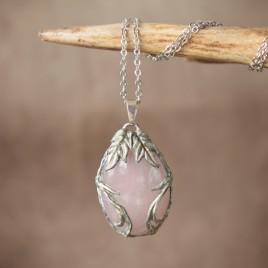 Collier sculpté quartz rose