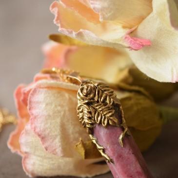 Collier sculpté rhodonite «La Branche de tranquillité»