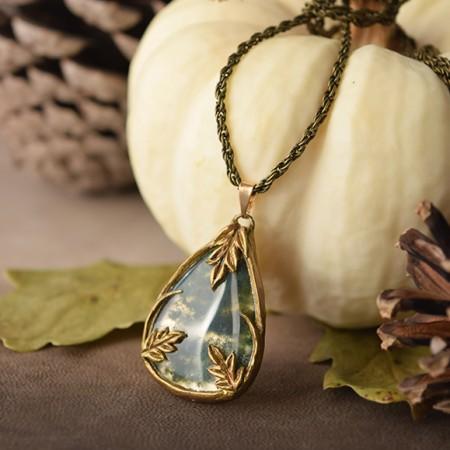 lorliaswood_collier_agatemousse_amulette-de-roncedent