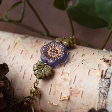 Compagnons de printemps – bracelet «Esprit d'Ostara» doré – verre tchèque