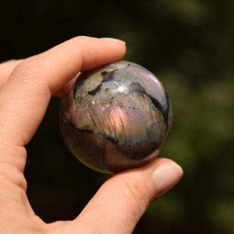 lorliaswood_sphere-labradorite3